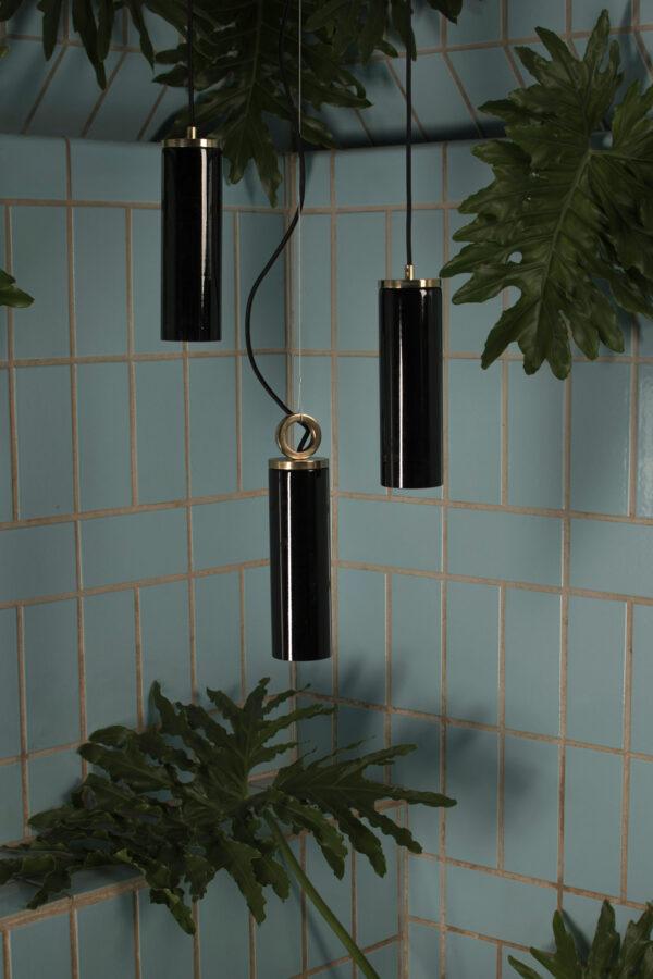 Czarne Szklane Lampy Wiszaca z mosiężnym wykończeniem Kopenhaga