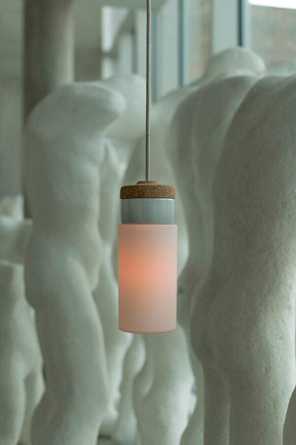 wisząca lampa korkowa z kloszem szklanym Cylinder