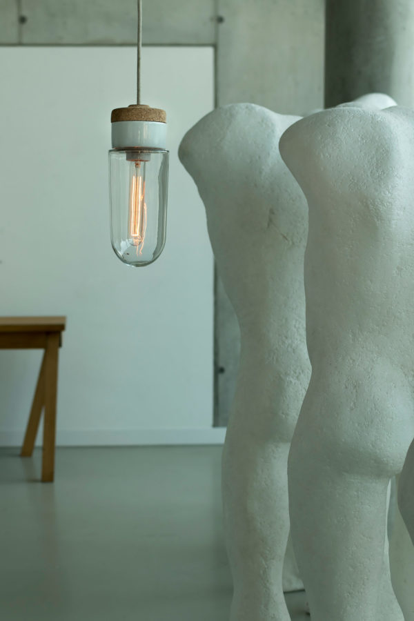 wisząca lampa korkowa z kloszem przezroczystym szklanym probówka 3