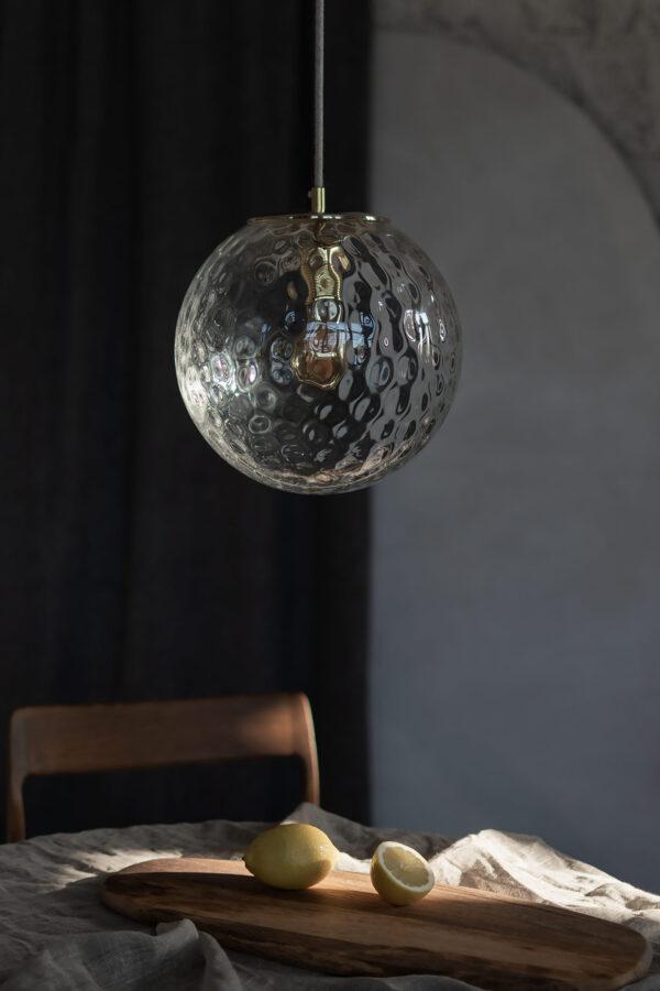 Szklana Lampa Wisząca Kula Refleksyjna z mosiężnym deklem 4