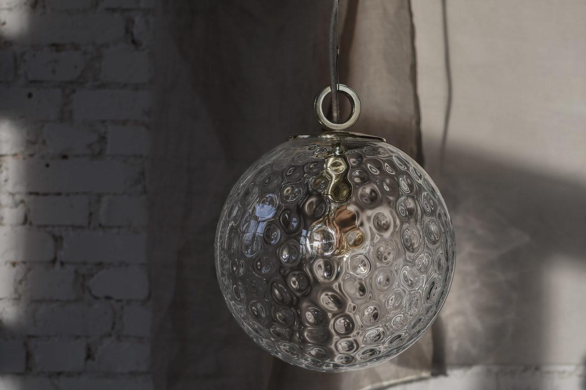 Szklana Lampa Kula z pierścieniem mosięznym 1