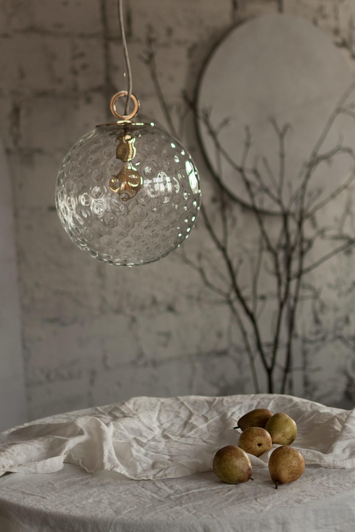 Szklana Lampa Wisząca Kula z ringiem mosiężnym 2