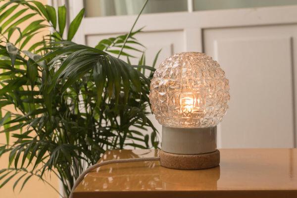 Mała stołowa lampka korkowa ze szklanym kloszem Granat 4