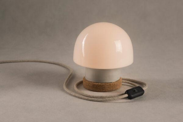 stołowa mała lampka korkowa ze szklanym kloszem Grzybek 4