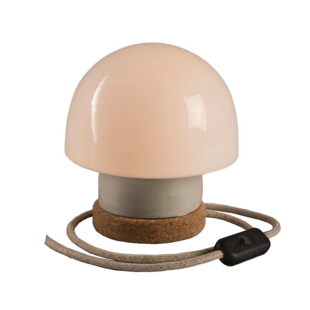 stołowa mała lampka korkowa ze szklanym kloszem Grzybek