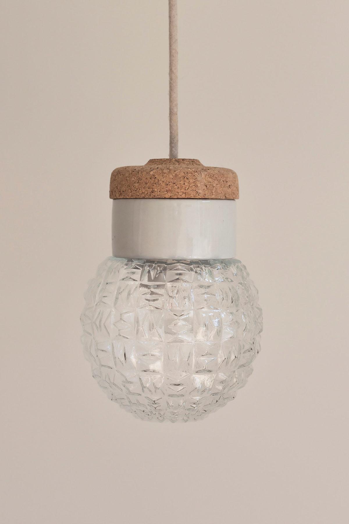 mała wisząca lampa koek porcelana