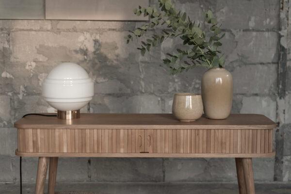 Szklana Biała lampa stołowa Saturn